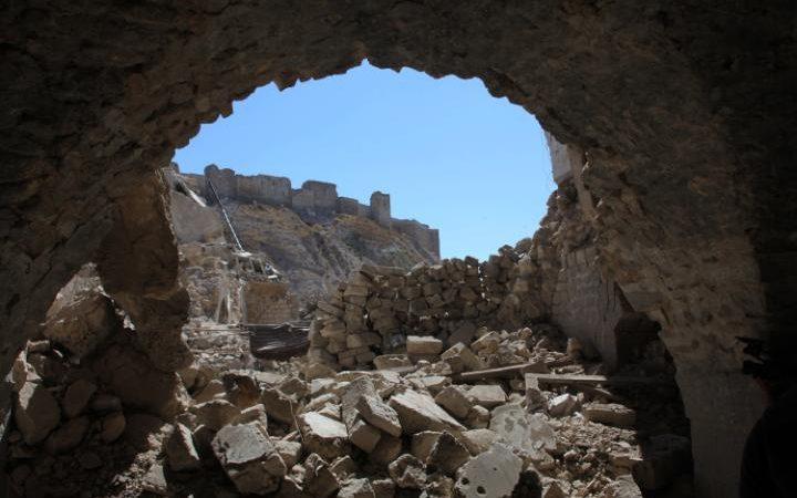 Aleppo's citadel seen a scene of destruction in the Farafira district, September 28 2016